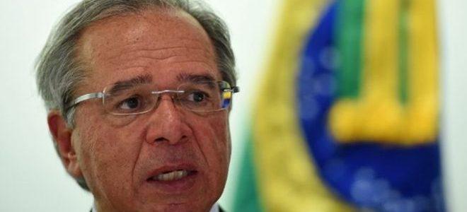 DUPLO SENTIDO: Paulo Guedes insiste que é preciso praticar 'democracia responsável', um dia após fala sobre AI-5