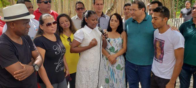 RIBAMAR: Mutirão de voluntários reunidos por Jota Pinto doam casa para mãe de família