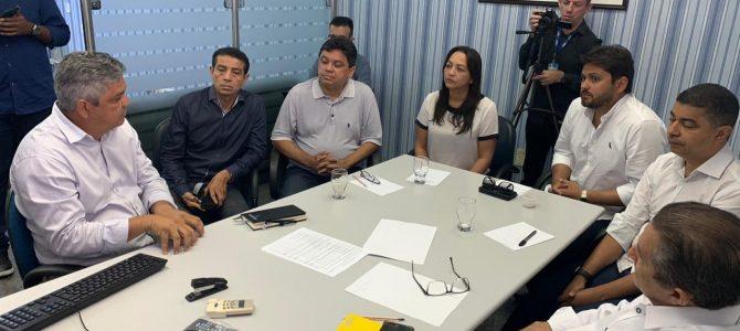 SITUAÇÃO CRÍTICA: Eliziane participa de reunião da bancada federal com DNIT/MA para discutir as rodovias federais