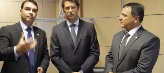 SOB PRESSÃO! Twitter apaga vídeo de Dráuzio compartilhado por Flávio Bolsonaro e Salles