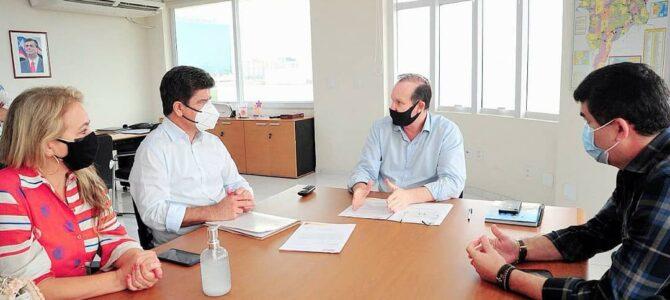 PORTO FRANCO: Deoclides e a secretária Margareth Egito buscam parceiras para a assistência social do município
