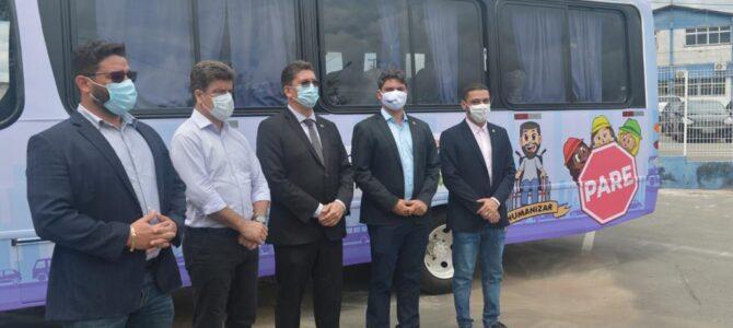 PORTO FRANCO: Prefeito Deoclides participa da entrega de veículos para Ciretran
