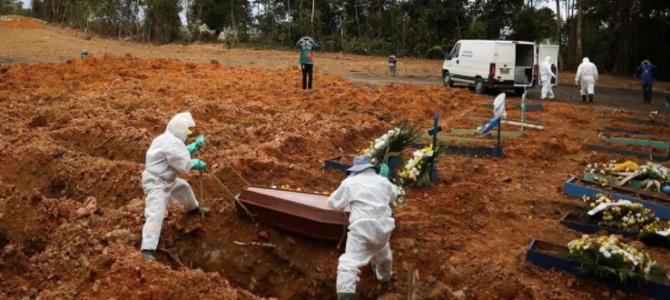 PAÍS DE BOLSONARO: Projeção indica que Brasil terá 100 mil mortes por Covid-19 somente no mês de abril