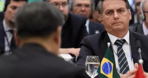 PERIGO À VISTA! Grupo de juristas alerta para ameaça de sublevação das PMs e escalada de ataques à democracia